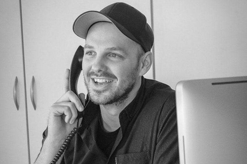 Alexander Philippowsky autoFAIRmittler Auto Makler Altes Land Büro